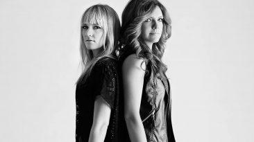 The Lovelocks: Ali Raney and Zoe Neuman