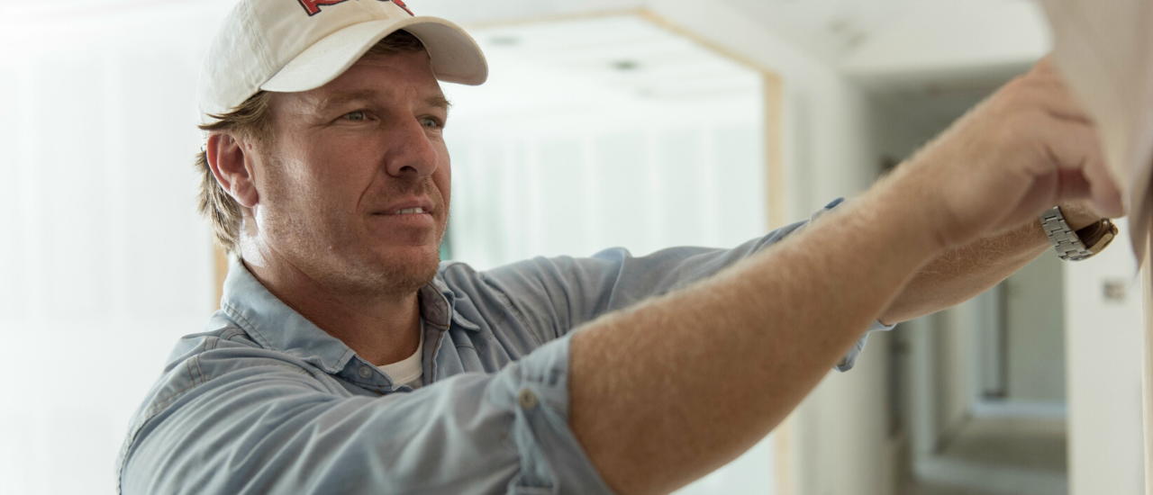 Chip Gaines Gives Aways Thousands of Dollars on Twitter
